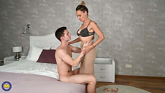 Taboo sex with hairy mature wife and old crumpet